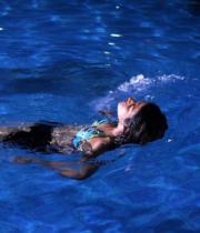 shraddha-das-hot-bikini-pics-12