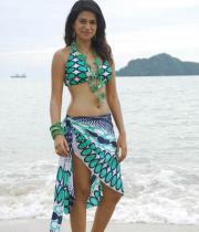 shraddha-das-hot-bikini-pics-06