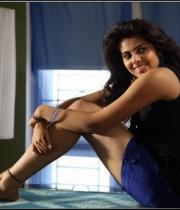 actress-shravya-hot-stills51386415784