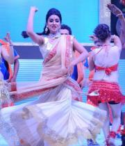 shreya-dance-performance-at-tollywood-channel-launch-11
