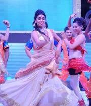 shreya-dance-performance-at-tollywood-channel-launch-12