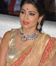 shreya-dance-performance-at-tollywood-channel-launch-16