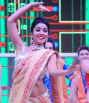 shreya-dance-performance-at-tollywood-channel-launch-25