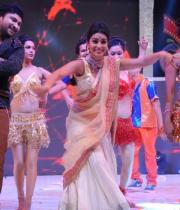 shreya-dance-performance-at-tollywood-channel-launch-3