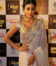 shriya-dance-performance-at-mirchi-music-awards-2012-10