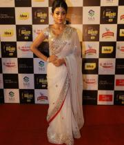 shriya-dance-performance-at-mirchi-music-awards-2012-11