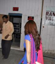 shruthi-hasan-at-ramaiya-vastavaya-sets-02