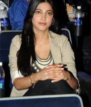 actress-shruti-hassan-latest-wallpapers-gallery-15_s_112
