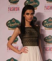 Diana Penty @ Signature International Fashion Weekend 2013 Day 2 Photos