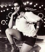 silk-smitha-rare-hot-pics-10