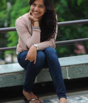 singer-geetha-madhuri-latest-photo-stills-15
