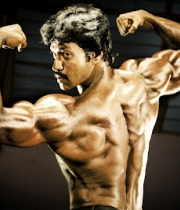 10sunil-six-pack