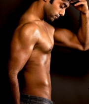7navdeep-six-pack