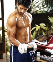 8nitin-six-pack-body