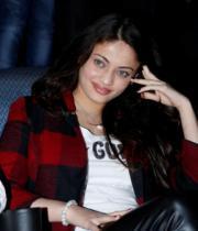 actress-sneha-ullal-latest-photostills-gallery-05_s_105