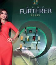 soha-ali-khan-at-rene-furterer-revlon-cosmetic-launch-1