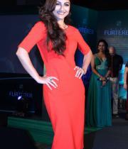 soha-ali-khan-at-rene-furterer-revlon-cosmetic-launch-11