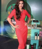 soha-ali-khan-at-rene-furterer-revlon-cosmetic-launch-6