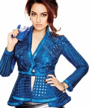 sonakshi-sinha-latest-hot-photos-4