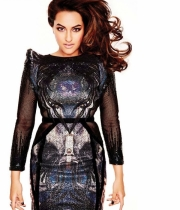 sonakshi-sinha-latest-hot-photos-8