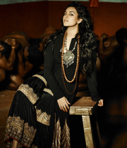 sonakshi-sinha-photoshoot-for-notch-1