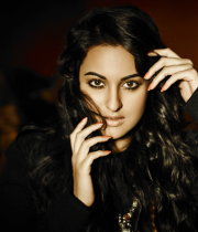 sonakshi-sinha-photoshoot-for-notch-5