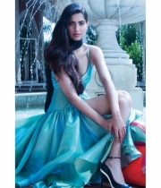 sonam-kapoor-new-hot-photo-shoot-3