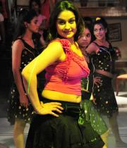 sonia-agarwal-hot-item-song-photos-2
