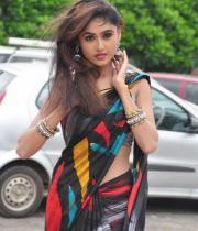 sony-charista-sleeveless-saree-photos-13
