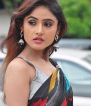 sony-charista-sleeveless-saree-photos-17