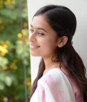 sree-divya-cute-stills-05
