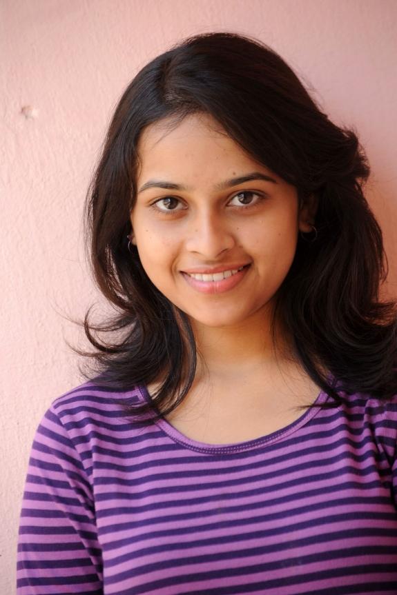 sri-divya-cute-photos-02