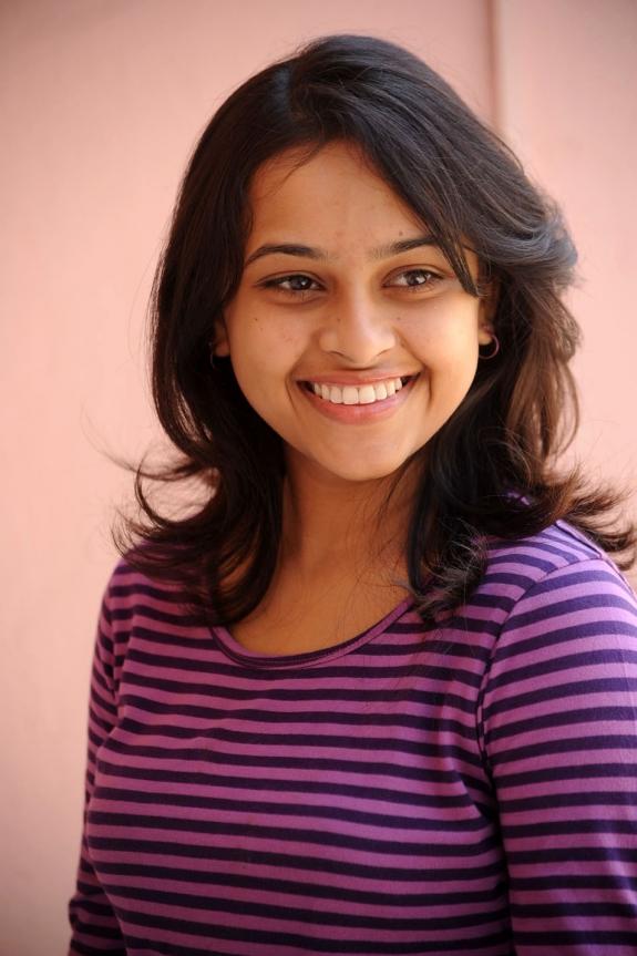 sri-divya-cute-photos-04