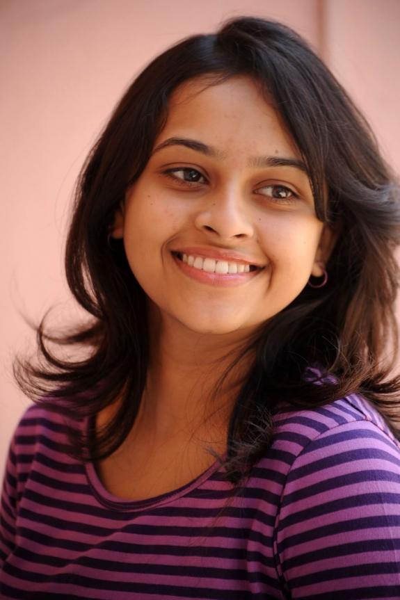 sri-divya-cute-photos-12