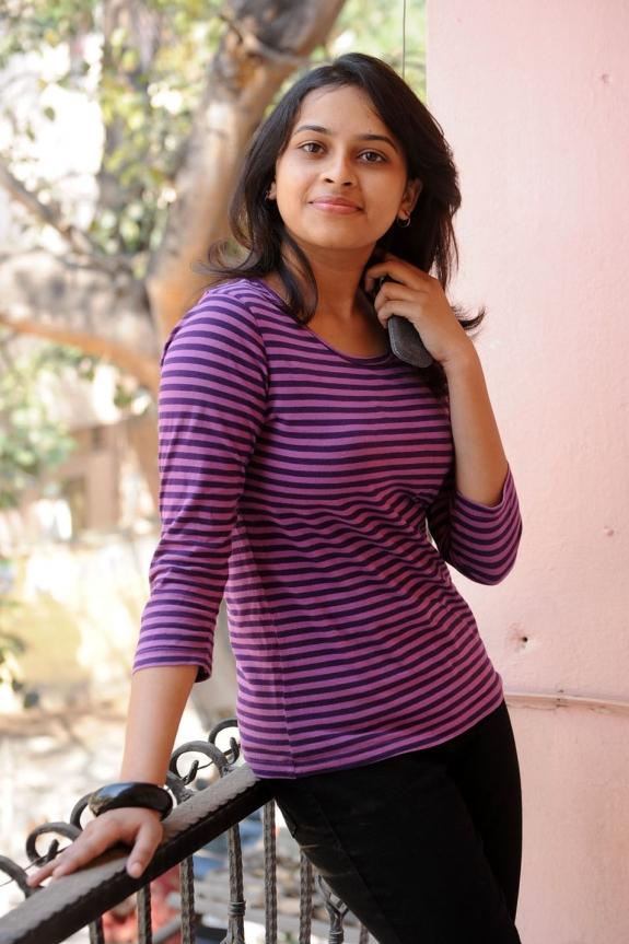 sri-divya-cute-photos-14