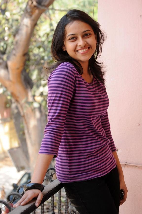 sri-divya-cute-photos-18