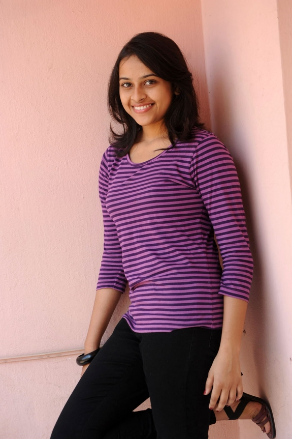 sri-divya-cute-photos-21