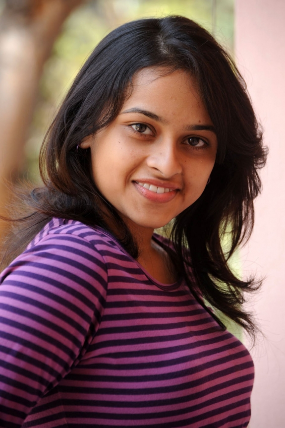sri-divya-cute-photos-23