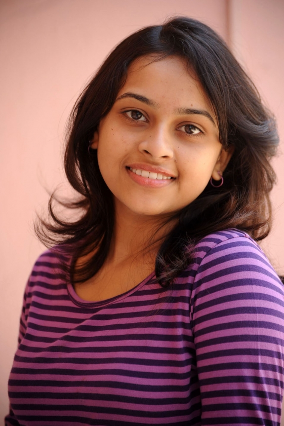 sri-divya-cute-photos-26