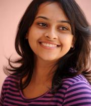 sri-divya-cute-photos-12