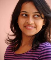 sri-divya-cute-photos-17