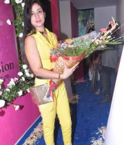 sridevi-at-the-launch-of-cosmic-yoga-center-5