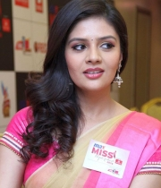 srimukhi-latest-photos_11