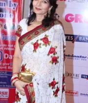 stars-at-gr8-women-awards-2013-15