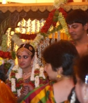 stars-at-ravi-raghavendra-daughter-marriage-photos-25