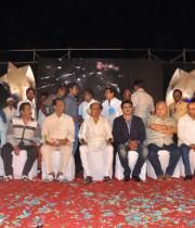 stars-celebrate-rajinikanths-63rd-birthday-12