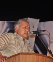 stars-celebrate-rajinikanths-63rd-birthday-29