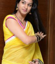 surekha-vani-saree-stills-at-yevadu-press-meet-1