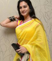 surekha-vani-saree-stills-at-yevadu-press-meet-10