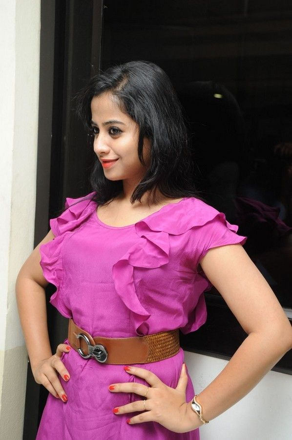 swati-dixit-latest-photo-stills-19